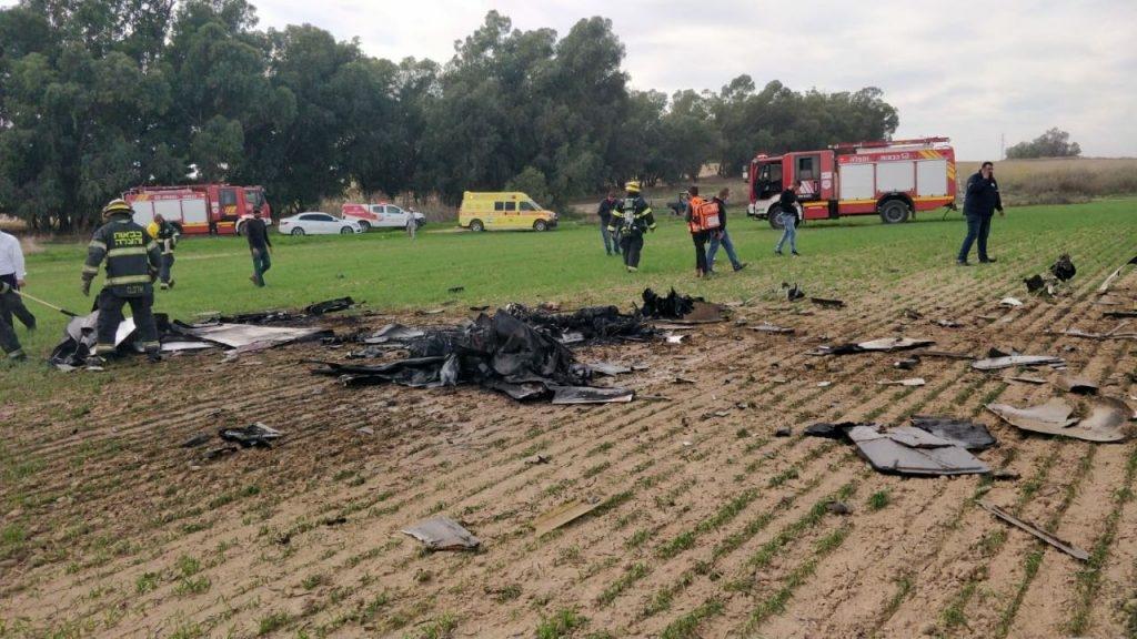 צפו: 2 הרוגים בהתרסקות כלי טיס בנגב