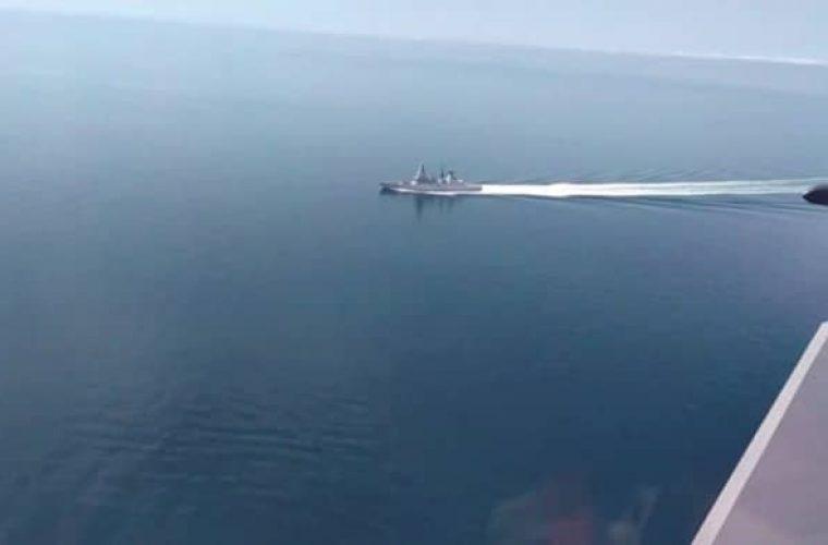 תיעוד של חים הים הרוסי - הספינה הבריטית