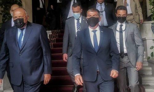 ביקור השר אשכנזי בארמון תחריר במצרים. (צילום: משרד החוץ)
