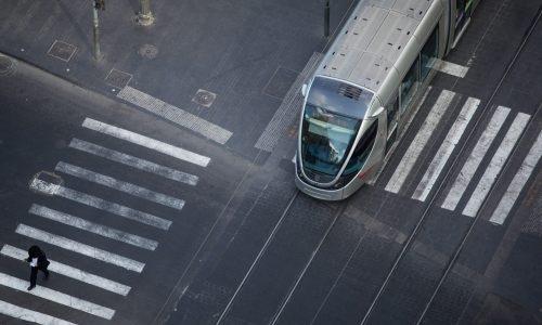 הרכבת הקלה בירושלים - מבט מלמעלה   צילום: Yonatan Sindel/Flash90