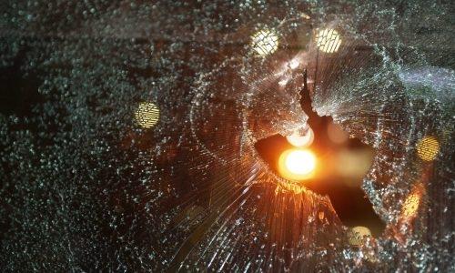 חלון שבור (אילוסטרציה) | צילום: Sraya Diamant/Flash90