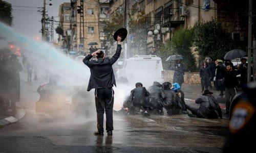 הפגנות נגד הרכבת הקלה | צילום:  Olivier Fitoussi/Flash90