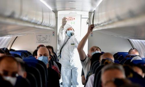 טיסה בצל הקורונה-האם יחייבו את הנכנסים לארץ להתקין את האפליקציה? | צילום: Yossi Zeliger/Flash90