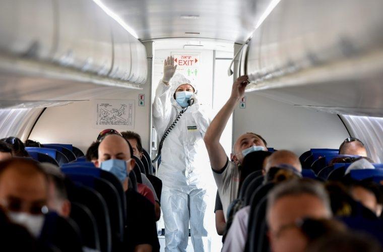 טיסה בצל הקורונה-האם יחייבו את הנכנסים לארץ להתקין את האפליקציה?   צילום: Yossi Zeliger/Flash90
