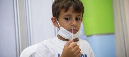 בדיקות לילדים צילום: מרים אלסטר/FLASH90