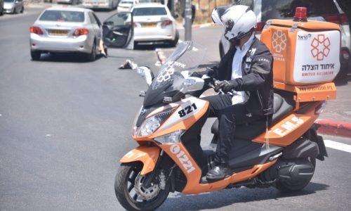 אופנוע חובש איחוד הצלה | אילוסטרציה